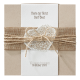 huwelijkskaart met hartje een jute wikkel en touwtje