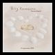 Romantische trouwkaart met een hartje van schelpen