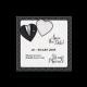 Zwart met witte save the date trouwkaart met hartjes en bruidskleding