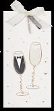 Bruid en bruidegom proosten op deze trouwkaart vol liefdes geluk