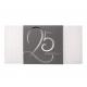 Uitnodiging met grafisch patroon in reliëf en zilverfolie details, omhuld met een antraciet wikkel en zilveren 25.