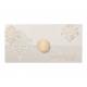 Uitnodiging op parelmoer papier met barokpatroon en details in goudfolie. Meerdere applicaties meegeleverd: 25, 40, 50 of barok sierelement.