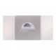 Luxe kaart met twinkelende stippen, omhuld in een zilverkleurige wikkel met 'uitnodiging' in zilver.